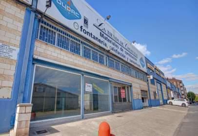 Nave industrial en calle del General Yagüe, nº 36